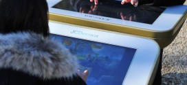 Adieu le bac à sable, bienvenue la table de jeu digitale JC Decaux